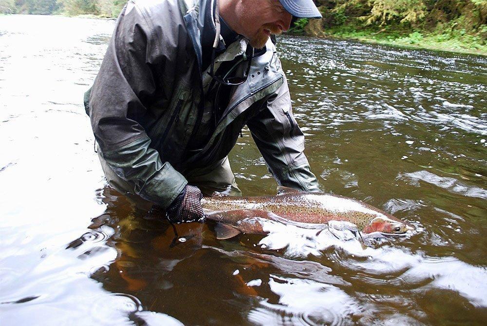 alaska-steelhead-fishing_0000_Orvis8